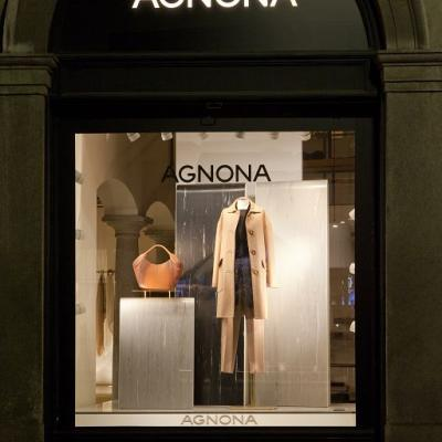 20130703agnona Windows Display001