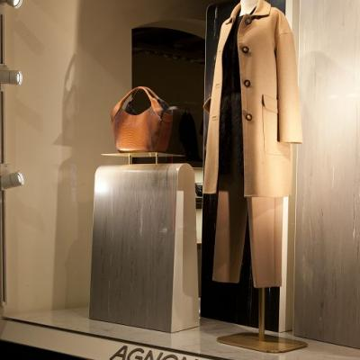 20130703agnona Windows Display003
